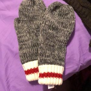 Grey adult mittens
